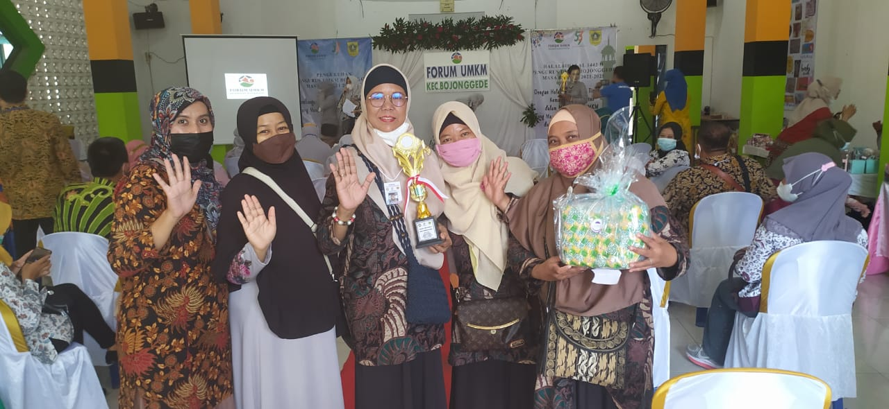 Bunda Binaan Kampung Mandiri Bogor Raih Juara di Lomba UMKM Kreatif